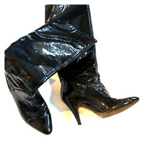 Anne Klein black patent leather boots size 7